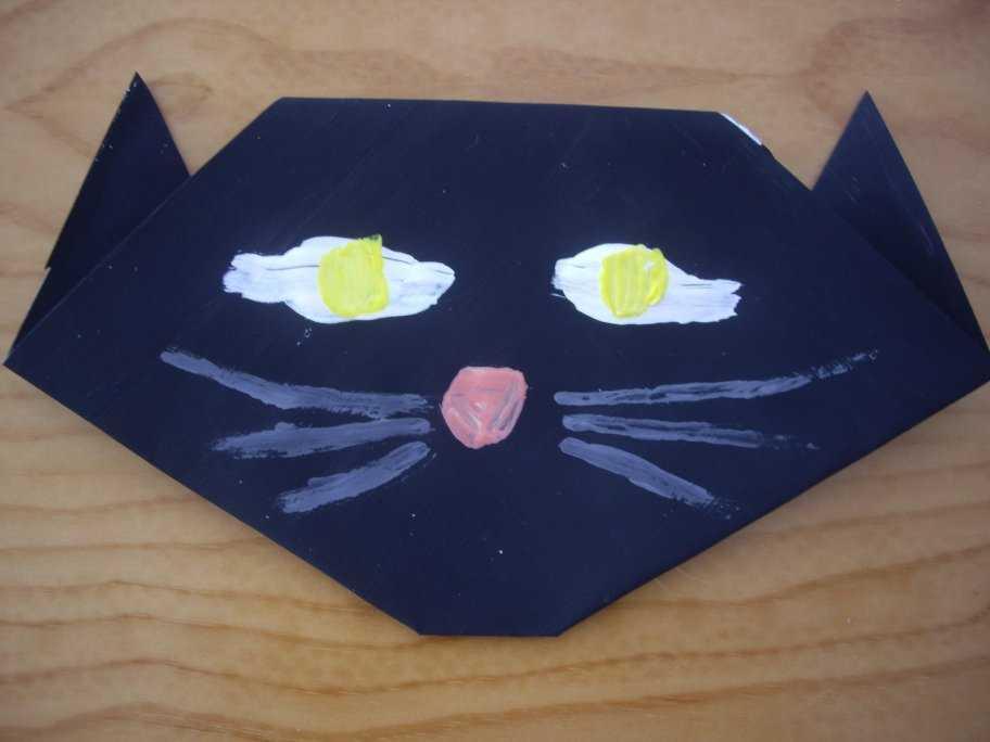 Halloween origami cat8-activities for kids
