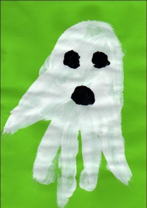 Crafts for kids - Handghost | Misstesl