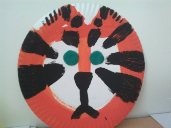 Crafts for kids - Paperplate tiger | Misstesl
