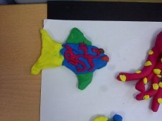 Crafts for kids - Play doh fish | Misstesl
